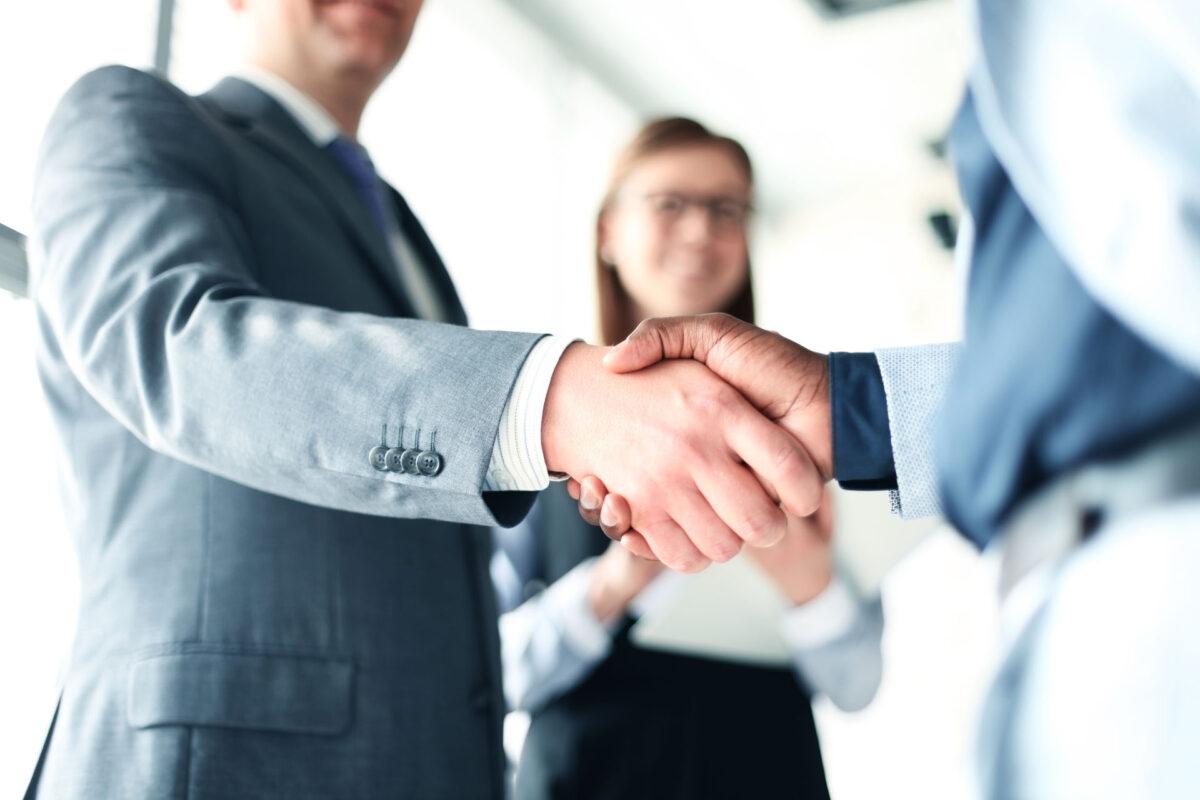 handshake business man